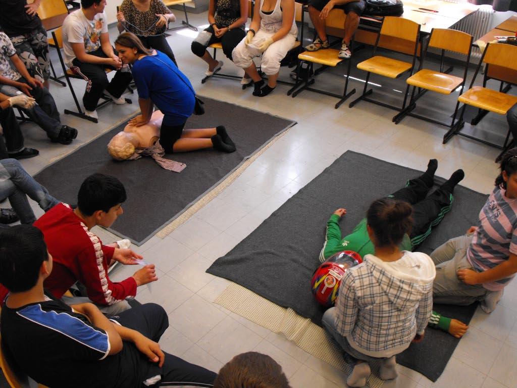 Polytechnische schule wien 10 erste hilfe kurs for Design schule wien
